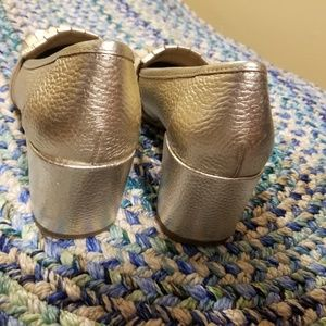 Kenneth Cole reaction chunky heel gold shoes